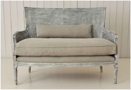 <b> Editor&#8217;s Pick: </b> Rustic French-style seating