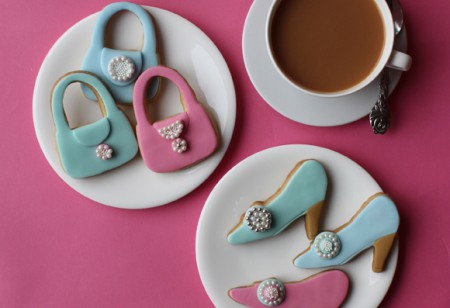High heels and handbag vanilla cookies for Mother's Day