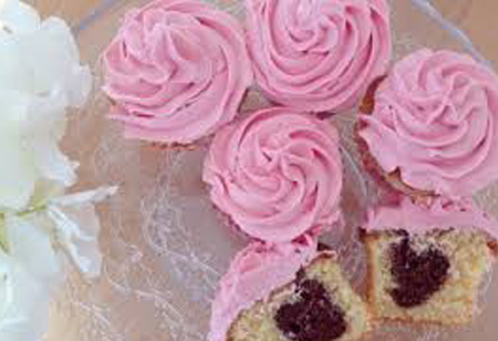 How to make Valentine's Day Heart Cupcakes