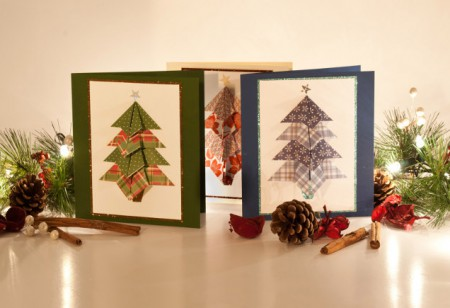 <b> Style Insider: </b> How to make your own 3-D Christmas cards