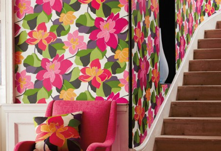 Dress your rooms with flamboyant florals