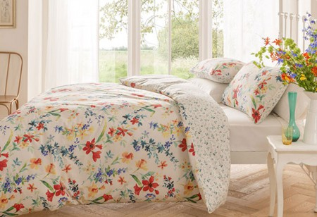 <b> Editor&#8217;s pick:</b> Freshen up the bedroom with floral bedding