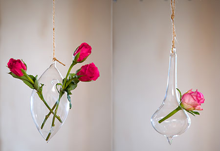 <b>  Editor&#8217;s pick: </b>Pretty hanging vases