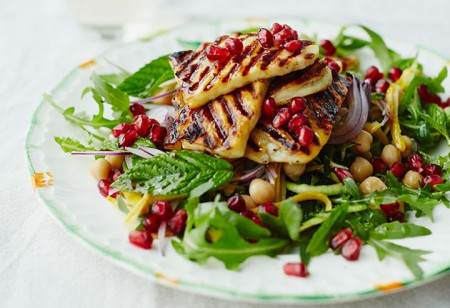 <b> Recipe: </b> Try this fresh chargrilled halloumi, courgette and mint salad