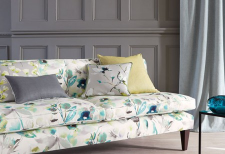 <b> Spring florals: </b> Give your home a blooming good look