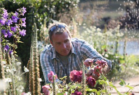 <b> Gorgeous Garden: </b> Ideas by designer and TV presenter Chris Beardshaw