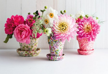 <b> How to: </b> Decorate your home with flowers