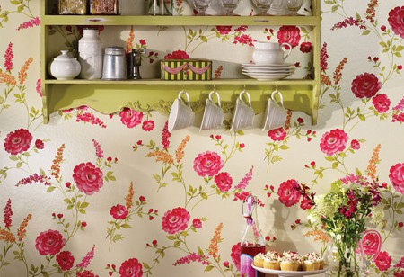 <b> Editor&#8217;s pick: </b> Create a country cottage look at home with Sophie Conran wallpaper