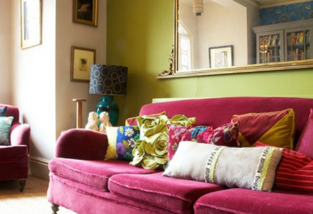 <b> Home Style: </b> 5 ways with hot pink