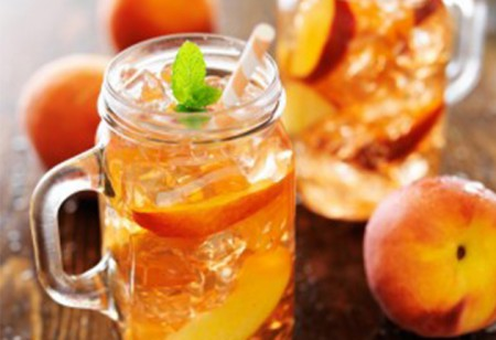 <b> Quench your thirst: </b> Try Sodastream&#8217;s refreshing apple and peach sparkle drink