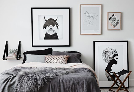 <b> Sleep in Style: </b> Black and white bedrooms