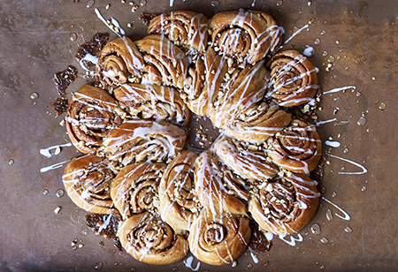 <b> Christmas Baking: </b> Cinnamon Wreath with Rye recipe by Bronte Aurell