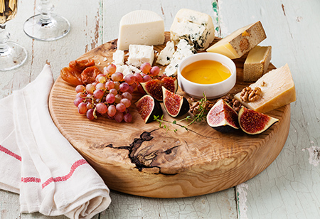 <b> Easy entertaining: </b>10 kitchen and dining essentials for Christmas