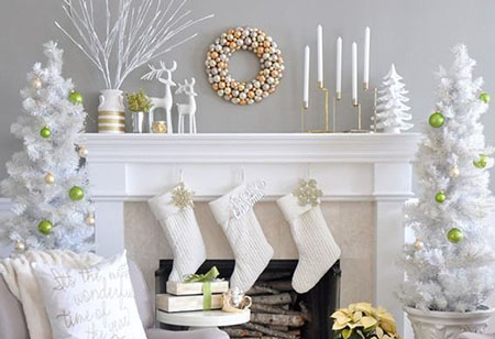<b> Festive design: </b> 5 stylish living rooms